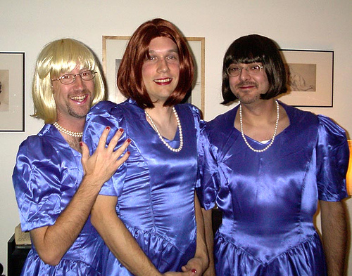 Funny pictures of men in bridesmaid dresses