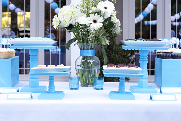 I love these cake stands You can make them any size you want and any color